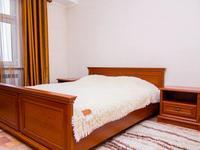 2-комнатная квартира, 52 м², 5/9 этаж посуточно, проспект Тауке хана — проспект Кунаева за 12 000 〒 в Шымкенте, Абайский р-н