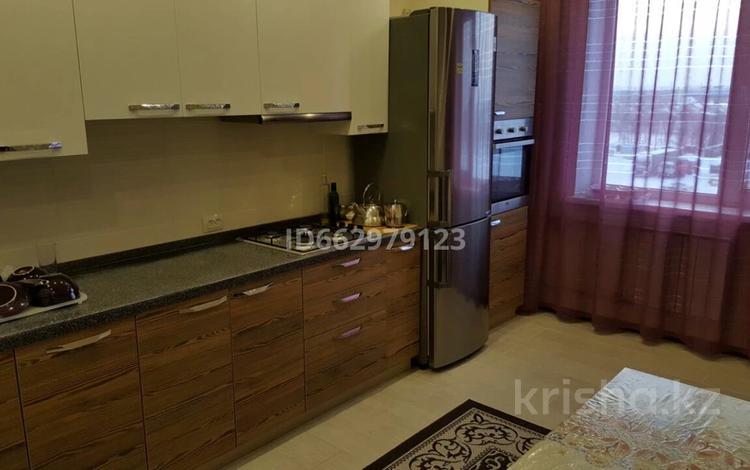 3-комнатная квартира, 106 м², 5/5 этаж, мкр Женис 27 за 30 млн 〒 в Уральске, мкр Женис