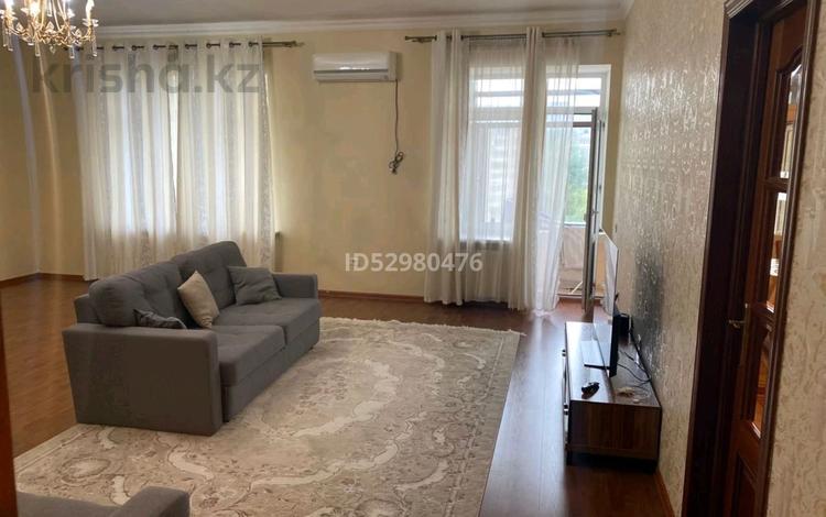 """3-комнатная квартира, 162 м², 5/11 этаж, мкр """"Самал"""", 17-й микрорайон 7 за 50 млн 〒 в Актау, мкр """"Самал"""""""