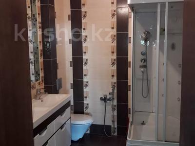 3-комнатная квартира, 103 м², 7/9 этаж, Алиханова 36/3 за 40 млн 〒 в Караганде, Казыбек би р-н — фото 13