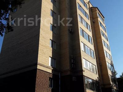3-комнатная квартира, 103 м², 7/9 этаж, Алиханова 36/3 за 40 млн 〒 в Караганде, Казыбек би р-н — фото 14
