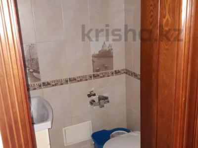 3-комнатная квартира, 103 м², 7/9 этаж, Алиханова 36/3 за 40 млн 〒 в Караганде, Казыбек би р-н — фото 16