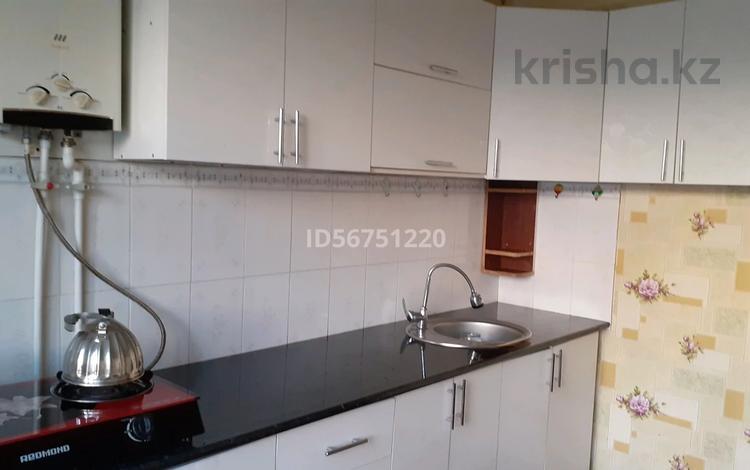 1-комнатная квартира, 36 м², 1/4 этаж, 5 микр 24 — Аль Фараби за 3 млн 〒 в Таразе