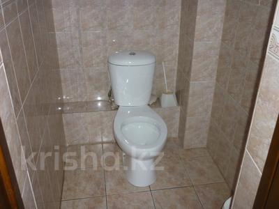 Здание, площадью 1274.3 м², Сулейменова 5У за 121.6 млн 〒 в Кокшетау — фото 7