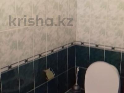 3-комнатная квартира, 95 м², 3/9 этаж помесячно, Тайманова 58 за 170 000 〒 в Атырау — фото 7