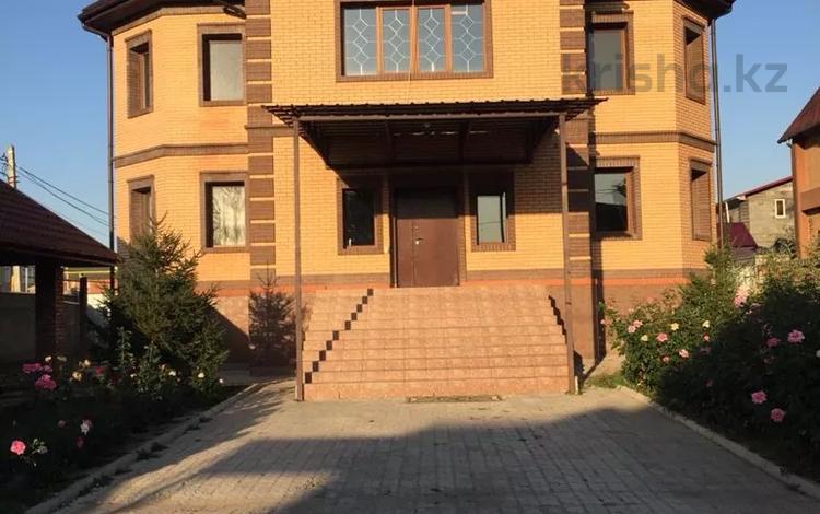 7-комнатный дом, 450 м², 10 сот., мкр Калкаман-2 29 — Сеитова за 200 млн 〒 в Алматы, Наурызбайский р-н