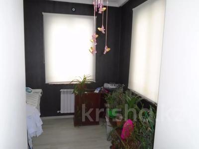 7-комнатный дом, 260 м², 6.3 сот., мкр Алатау, Аль-Фараби — Розыбакиева за 99 млн 〒 в Алматы, Бостандыкский р-н — фото 10