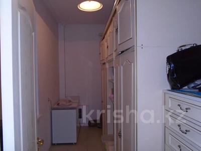 7-комнатный дом, 260 м², 6.3 сот., мкр Алатау, Аль-Фараби — Розыбакиева за 99 млн 〒 в Алматы, Бостандыкский р-н — фото 15