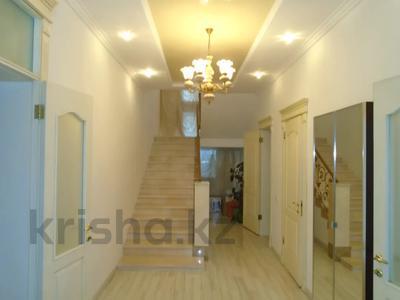 7-комнатный дом, 260 м², 6.3 сот., мкр Алатау, Аль-Фараби — Розыбакиева за 99 млн 〒 в Алматы, Бостандыкский р-н — фото 14