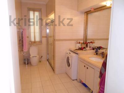 7-комнатный дом, 260 м², 6.3 сот., мкр Алатау, Аль-Фараби — Розыбакиева за 99 млн 〒 в Алматы, Бостандыкский р-н — фото 11
