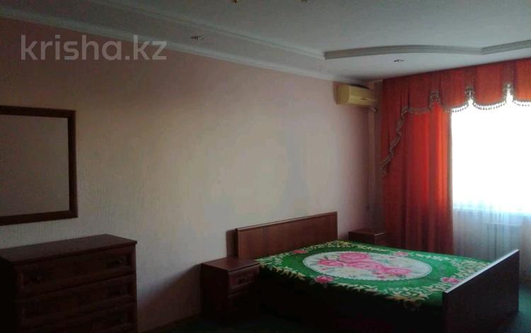 2-комнатная квартира, 80 м², 2/9 этаж помесячно, 11-й мкр 58 за 150 000 〒 в Актау, 11-й мкр