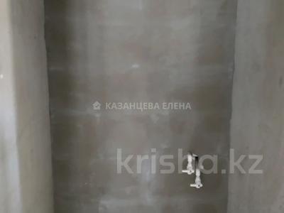 2-комнатная квартира, 52 м², 10/19 этаж, мкр Юго-Восток, Шахтеров 52Б за 16 млн 〒 в Караганде, Казыбек би р-н — фото 9