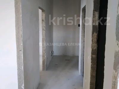 2-комнатная квартира, 52 м², 10/19 этаж, мкр Юго-Восток, Шахтеров 52Б за 16 млн 〒 в Караганде, Казыбек би р-н — фото 6