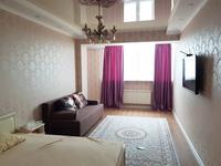 1-комнатная квартира, 47 м², 17/19 этаж на длительный срок, 17-й мкр 4 за 160 000 〒 в Актау, 17-й мкр