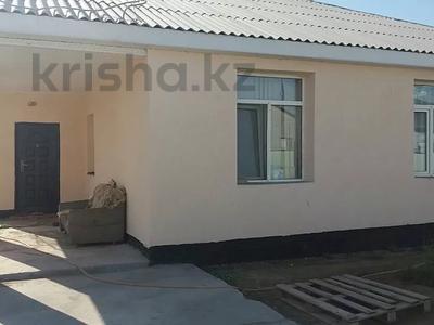 4-комнатный дом, 160 м², 10 сот., Улица 21 1 за 21 млн 〒 в Атырау
