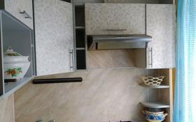 3-комнатная квартира, 58 м², 1/2 этаж, Окжетпес 147 за 10 млн 〒 в Щучинске