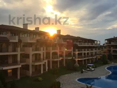 3-комнатная квартира, 138 м², 3/5 этаж, Община Каварна за ~ 36.7 млн 〒 в Балчике