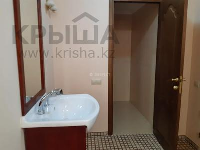 5-комнатный дом помесячно, 380 м², Мирас 160 за 1 млн 〒 в Алматы, Бостандыкский р-н — фото 14