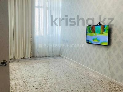 2-комнатная квартира, 57 м², 2/9 этаж, Каиыма Мухамедханова 27 за 27.3 млн 〒 в Нур-Султане (Астане), Есильский р-н