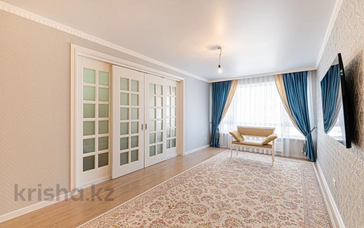 3-комнатная квартира, 91 м², 2/11 этаж, Орынбор 12 за 48 млн 〒 в Нур-Султане (Астане), Есильский р-н