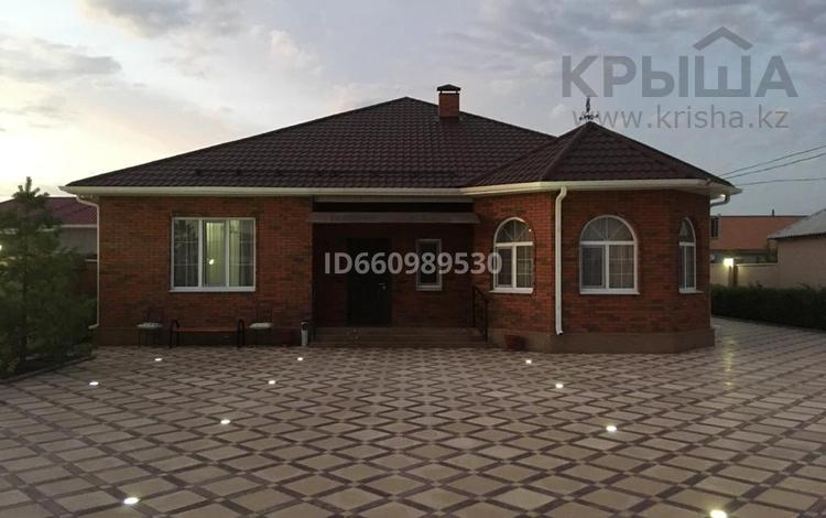 5-комнатный дом, 204.5 м², 10 сот., Мелиораторов 19 а за 56 млн 〒 в Атырау