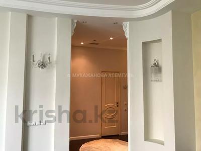 4-комнатная квартира, 145 м², 4/6 этаж, проспект Кабанбай Батыра 13 за 90 млн 〒 в Нур-Султане (Астана), Есиль р-н — фото 15