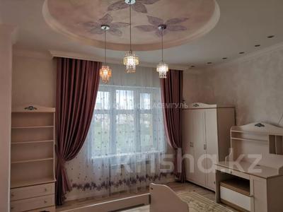 4-комнатная квартира, 145 м², 4/6 этаж, проспект Кабанбай Батыра 13 за 90 млн 〒 в Нур-Султане (Астана), Есиль р-н — фото 11