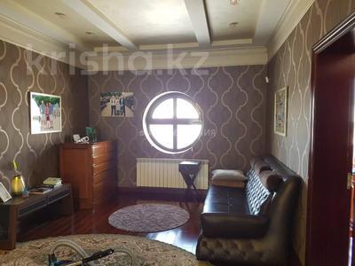 8-комнатный дом помесячно, 450 м², 12 сот., мкр Мирас, Аскарова Асанбая 62 за 1.2 млн 〒 в Алматы, Бостандыкский р-н — фото 13