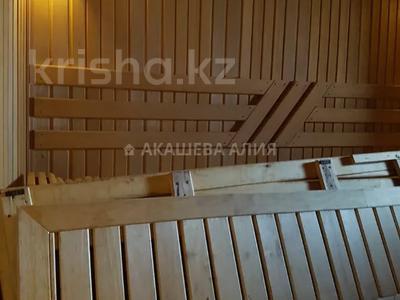 8-комнатный дом помесячно, 450 м², 12 сот., мкр Мирас, Аскарова Асанбая 62 за 1.2 млн 〒 в Алматы, Бостандыкский р-н — фото 20