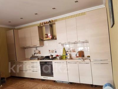 8-комнатный дом помесячно, 450 м², 12 сот., мкр Мирас, Аскарова Асанбая 62 за 1.2 млн 〒 в Алматы, Бостандыкский р-н — фото 31