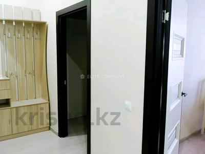 1-комнатная квартира, 57 м², 5/14 этаж посуточно, 17-й мкр 9 за 12 000 〒 в Актау, 17-й мкр