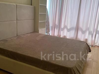 2-комнатная квартира, 55 м², 10/18 этаж помесячно, ул. Е-10 17д за 220 000 〒 в Нур-Султане (Астана) — фото 5