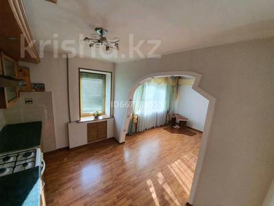 2-комнатная квартира, 48.8 м², 3/5 этаж, проспект Абая 57 — Кердеры за 15 млн 〒 в Уральске