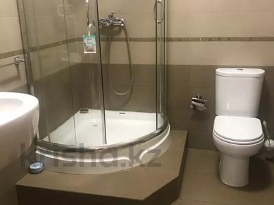 4-комнатный дом помесячно, 250 м², 4 сот., Достык 467 за 850 000 〒 в Алматы — фото 4