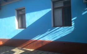 5-комнатный дом, 100 м², 6 сот., Абылай хана 84 — Тауке хана за 20 млн 〒 в Туркестане