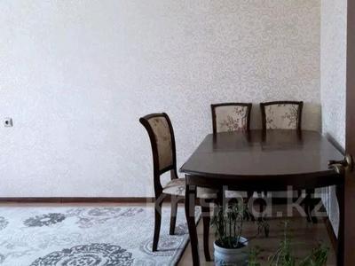 2-комнатная квартира, 60 м², 5/5 этаж, мкр Мамыр-2, Шаляпина — Бауыржана Момышулы за 20 млн 〒 в Алматы, Ауэзовский р-н