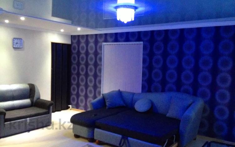 1-комнатная квартира, 32 м², 2 этаж посуточно, Гоголя 27 за 5 000 〒 в Караганде, Казыбек би р-н