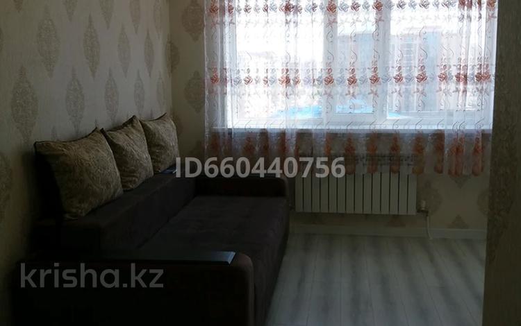 1-комнатная квартира, 40 м², 8/9 этаж помесячно, Кошкарбаева 1 за 100 000 〒 в Нур-Султане (Астана), р-н Байконур