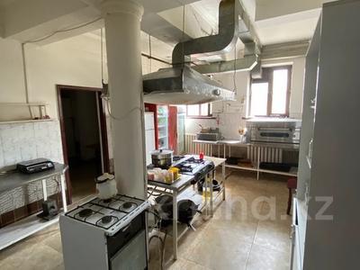 Действующую гостиницу и кафе за 170 млн 〒 в Каскелене — фото 12