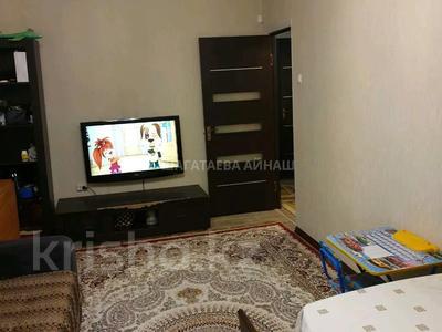 3-комнатная квартира, 70 м², 1/5 этаж, мкр Мамыр-2 за 26.5 млн 〒 в Алматы, Ауэзовский р-н — фото 2