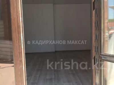 Магазин площадью 30 м², мкр Алтай-1, Наманганская 51 — Лавренева за 4 млн 〒 в Алматы, Турксибский р-н — фото 6