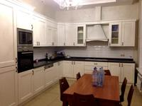 6-комнатный дом поквартально, 300 м², 4 сот.