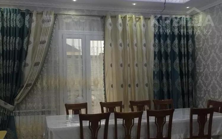 7-комнатный дом, 260 м², 10 сот., ул. Мирас за 70 млн 〒 в Шымкенте, Каратауский р-н