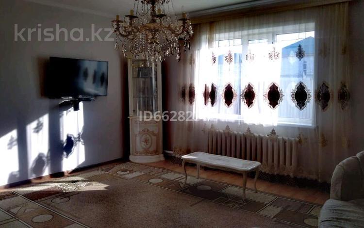 5-комнатный дом, 111 м², 9 сот., Маметова 31/2 за 25 млн 〒 в Жибек Жолы