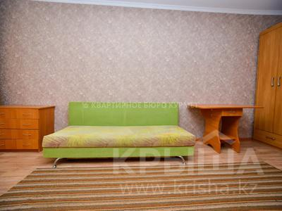1-комнатная квартира, 29.8 м², 1/5 этаж посуточно, Есет батыра 164 за 5 000 〒 в Актобе, мкр 5 — фото 3