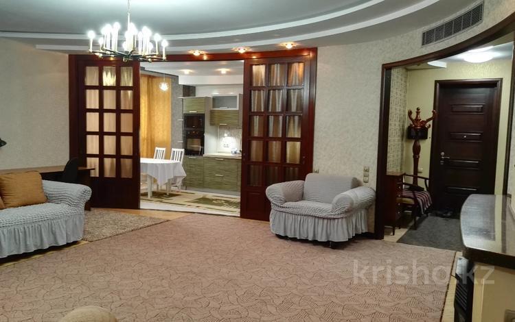 3-комнатная квартира, 115 м², 3/6 этаж помесячно, Санаторная 42 за 450 000 〒 в Алматы, Бостандыкский р-н