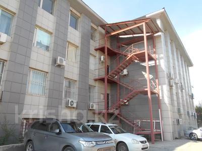 Здание, площадью 3875 м², Азаттык 70А — Атамбаева за 870 млн 〒 в Атырау — фото 4