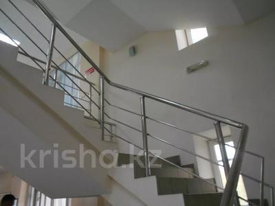 Здание, площадью 3875 м², Азаттык 70А — Атамбаева за 870 млн 〒 в Атырау — фото 12
