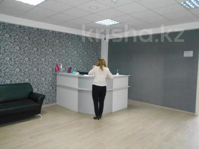 Здание, площадью 3875 м², Азаттык 70А — Атамбаева за 870 млн 〒 в Атырау — фото 10