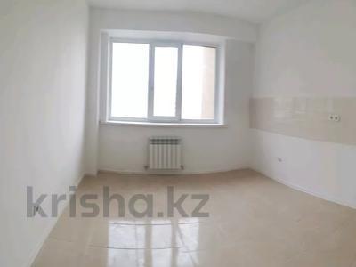 3-комнатная квартира, 87 м², 7/14 этаж, Кайыма Мухамедханова за 27.8 млн 〒 в Нур-Султане (Астана), Есиль р-н — фото 4
